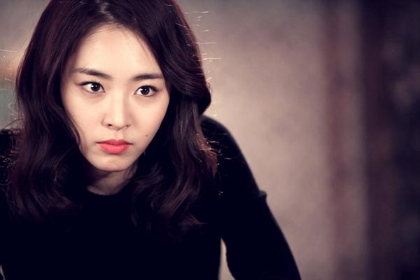 """""""Hoa hậu Hàn Quốc"""" Lee Yeon Hee quyến rũ bất ngờ 3"""