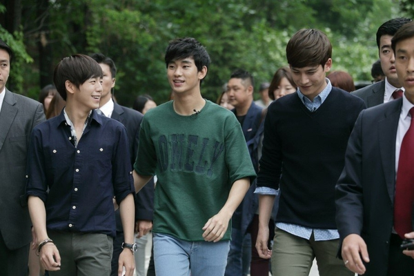 Khán giả Hàn Quốc chăm đi xem phim thứ nhì thế giới! 1