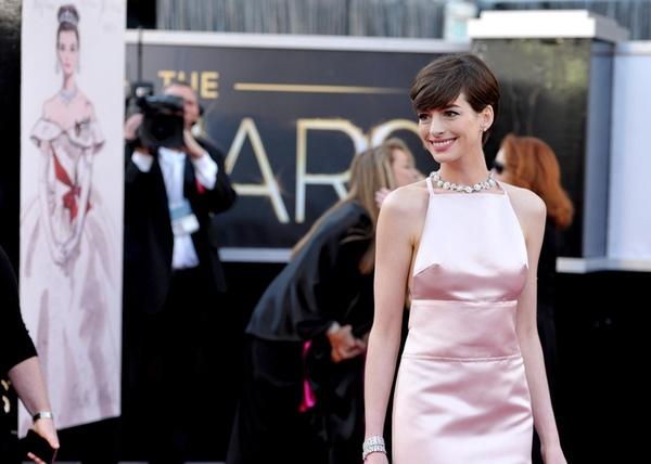 Jennifer Lawrence thở phào nhẹ nhõm vì... không giành Oscar 4