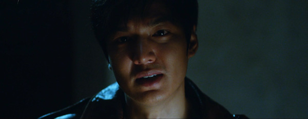 Lee Min Ho toàn thân đẫm máu, đối đầu bạn cũ dưới mưa 3