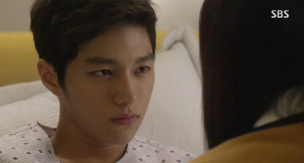 Se Na (Krystal) sững sờ trước lời tỏ tình của Shi Woo (L) 3