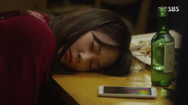 Se Na (Krystal) say xỉn vật vã vì bị người yêu quay lưng 4