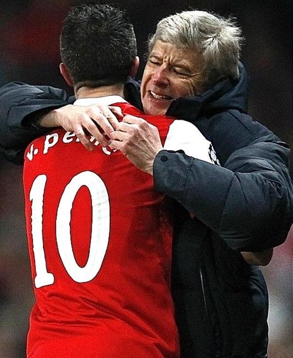 """Arsenal: Cần lắm 1 """"cơn mưa"""" sau 8 năm """"khô hạn"""" 2"""