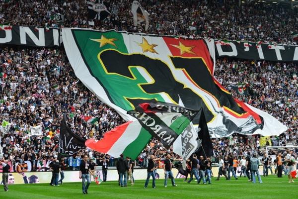 Chùm ảnh Juventus trong ngày lên ngôi tại Serie A 13