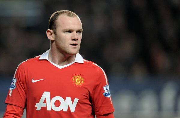 """Quý tử nhà Rooney cực """"cute"""" trong trang phục tuyển Anh 8"""