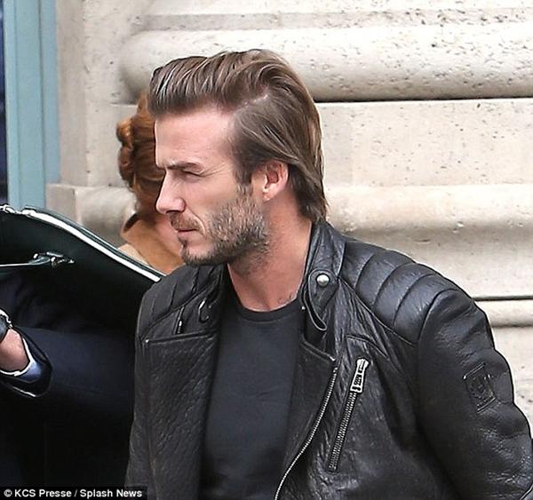 Beckham gây chú ý với mái tóc dài bất thường 3
