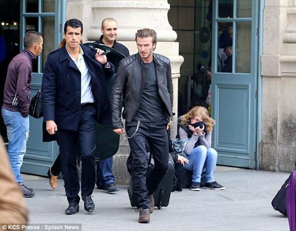 Beckham gây chú ý với mái tóc dài bất thường 2