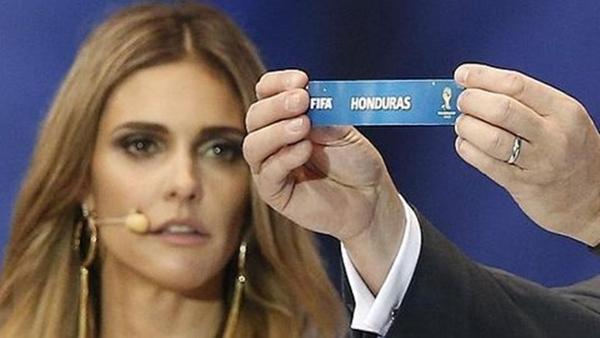Nghi vấn FIFA cố tình  gian lận trong lễ bốc thăm? 2