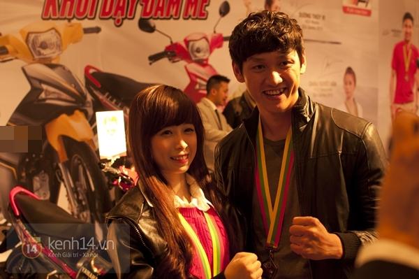 """""""Hot girl"""" Taekwondo Châu Tuyết Vân rạng rỡ trong ngày gặp lại các HCV Sea Games 2"""
