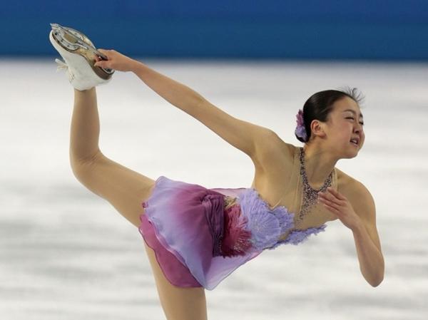 Olympic Sochi: Người đẹp trượt băng Nhật gặp sự cố trong ngày thi đầu 5