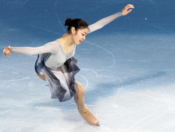 Olympic Sochi: Người đẹp trượt băng Nhật gặp sự cố trong ngày thi đầu 7