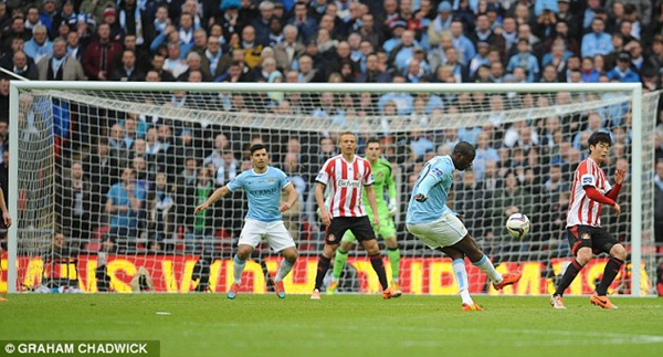 Tổng hợp League Cup Anh: Man xanh ngược dòng đoạt cúp 2