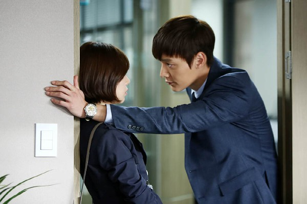 """Những """"ông hoàng"""" của màn ảnh nhỏ Hàn Quốc năm 2014 13"""
