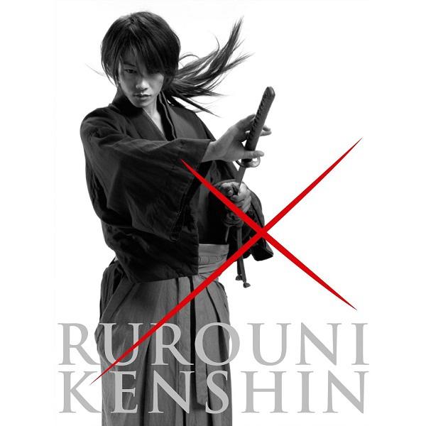 """Sato Takeru từ lữ khách """"Kenshin"""" lạnh lùng xuống tóc, vào bếp nấu ăn 3"""