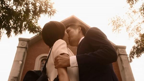 """Những nụ hôn ngất ngây trong """"Bên Nhau Trọn Đời"""" 9"""