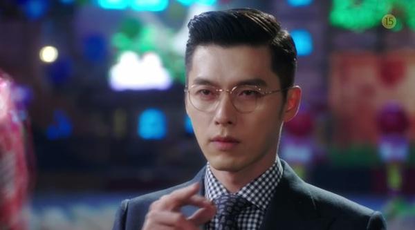 Hyun Bin to tiếng nạt nộ Han Ji Min trong thang máy 3