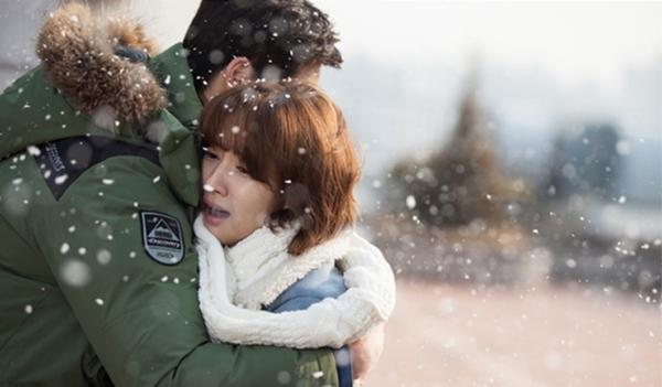 """Park Min Young """"lột xác"""" thành quý cô sang chảnh 6"""