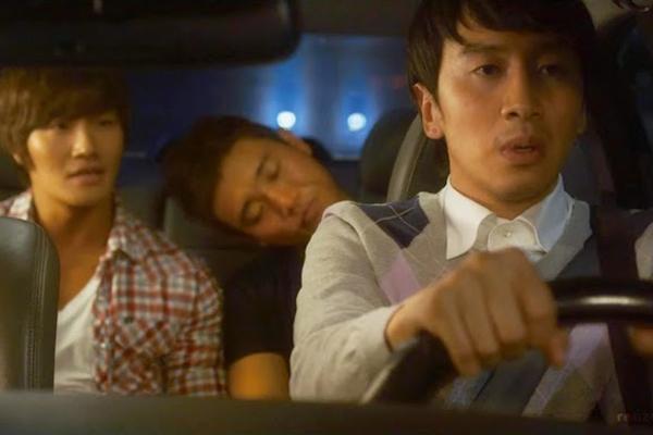 """""""Hươu cao cổ"""" Lee Kwang Soo và """"bộ sưu tập"""" những vai diễn thú vị 25"""