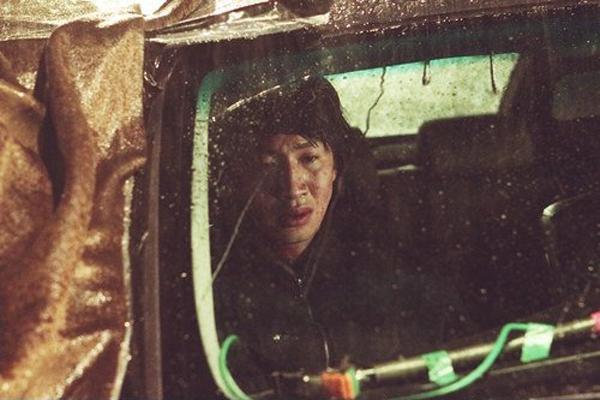 """""""Hươu cao cổ"""" Lee Kwang Soo và """"bộ sưu tập"""" những vai diễn thú vị 26"""