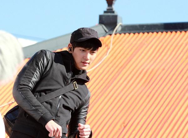 Ji Chang Wook được khen ngợi hết lời vì cảnh hành động xuất thần 1