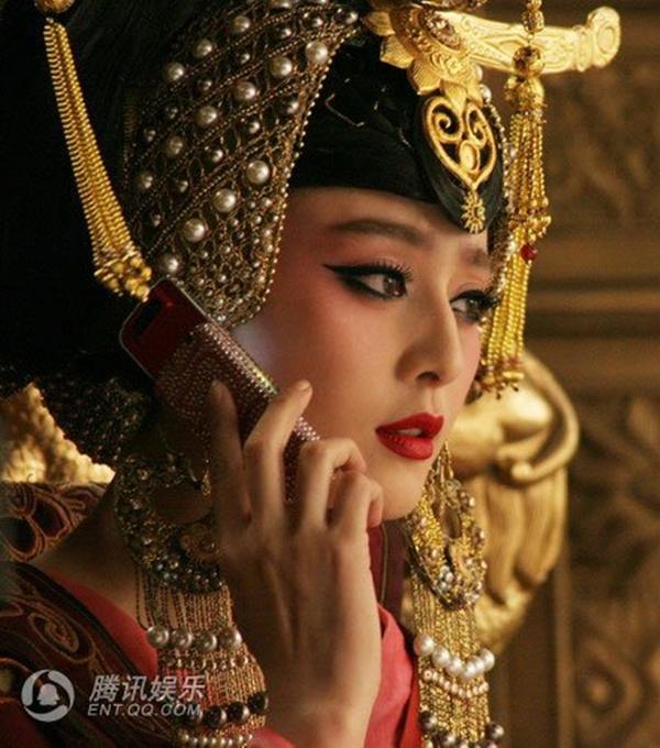 """10 phiên bản """"nữ hoàng tai tiếng"""" Võ Tắc Thiên 21"""