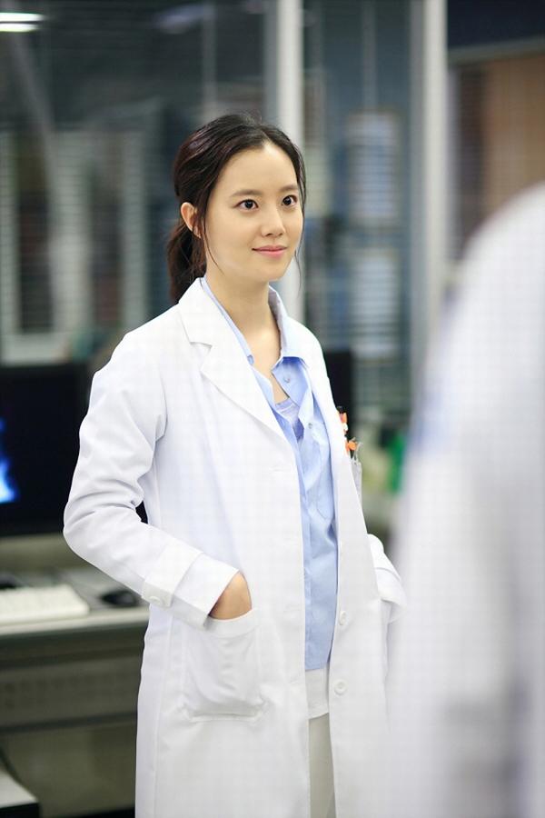 """""""Nữ bác sĩ thiên thần"""" Moon Chae Won 1"""