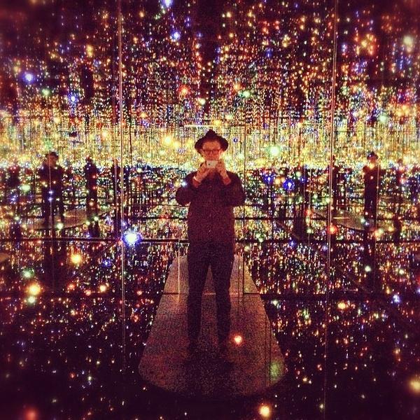 Phía trong căn phòng gương vô tận tại New York 4