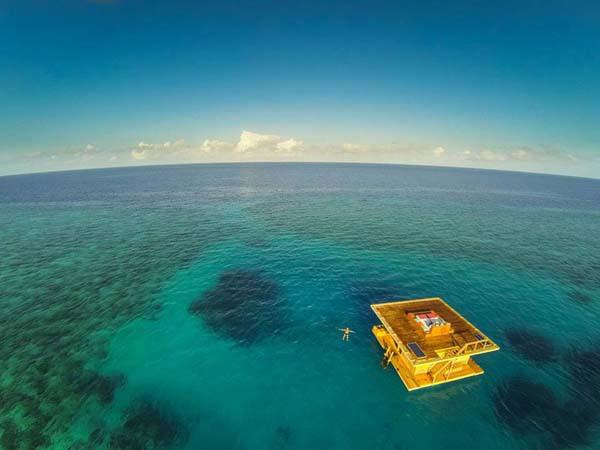 Thích thú ngắm nhìn biển cả với căn phòng chìm dưới lòng đại dương 4