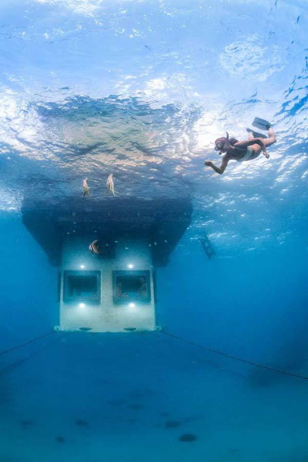 Thích thú ngắm nhìn biển cả với căn phòng chìm dưới lòng đại dương 5