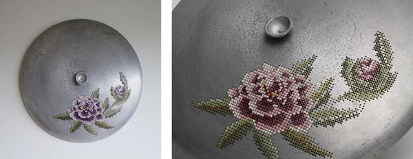Những tác phẩm thêu trang trí độc đáo trên vật liệu kim loại 7