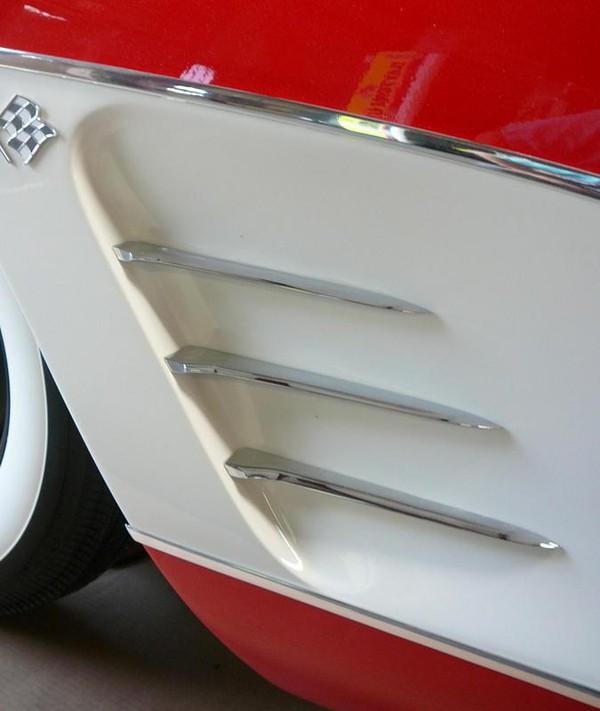 Bàn bida được độ lại từ siêu xe có giá hơn 530 triệu đồng 4
