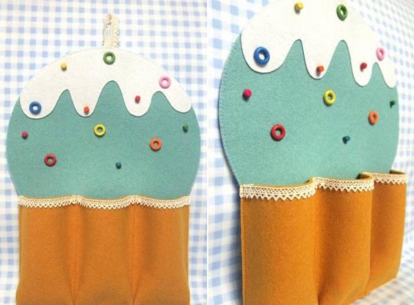 sang-tao-tui-treo-dung-do-hinh-cupcake.jpg