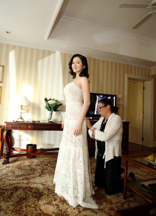 """Lý Nhã Kỳ """"khoe"""" váy độc quyền 2 tỷ của Chanel 8"""