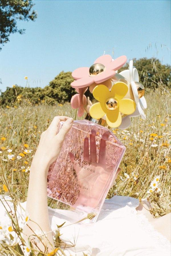 Top 10 mùi hương dịu mát hoàn hảo cho mùa hè 2