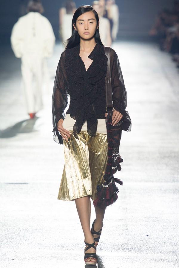 Loạt xu hướng xưa cũ quay trở lại tại Paris Fashion Week 5