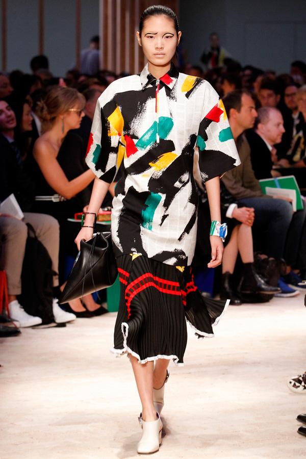Loạt xu hướng xưa cũ quay trở lại tại Paris Fashion Week 7