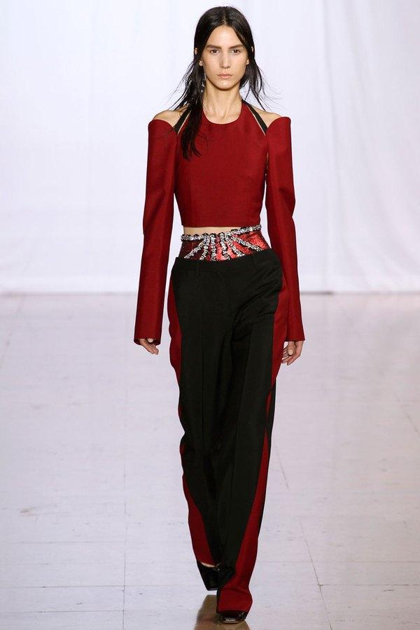 Loạt xu hướng xưa cũ quay trở lại tại Paris Fashion Week 14