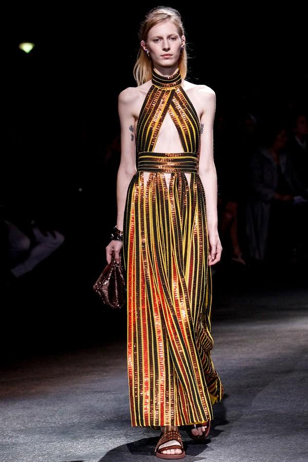 Loạt xu hướng xưa cũ quay trở lại tại Paris Fashion Week 33