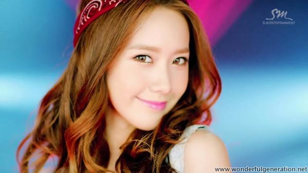 Học style make up của Yoona và Tiffany trong MV mới 7