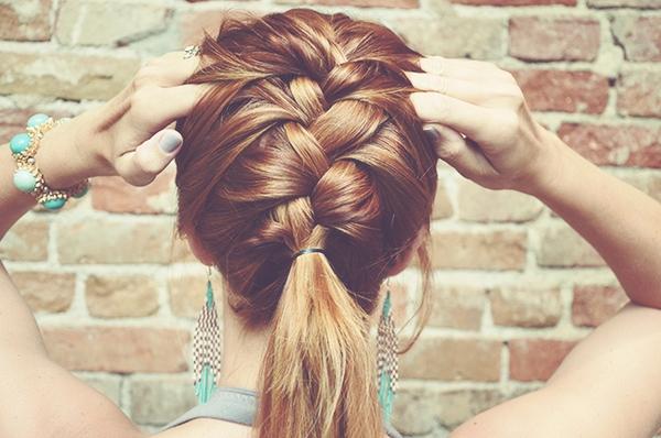 6 biến tấu cực dễ giúp tóc đuôi ngựa trở nên mới mẻ 3