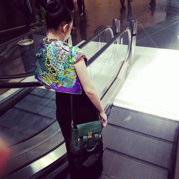 """5 chiếc túi khiến cả sao & giới trẻ """"mê mệt"""" suốt năm 2013 35"""