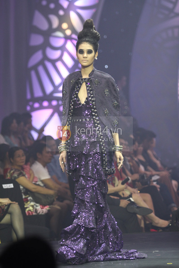 Hà Hồ, Thanh Hằng & NTK Công Trí cùng mặc chung 1 chiếc váy  68