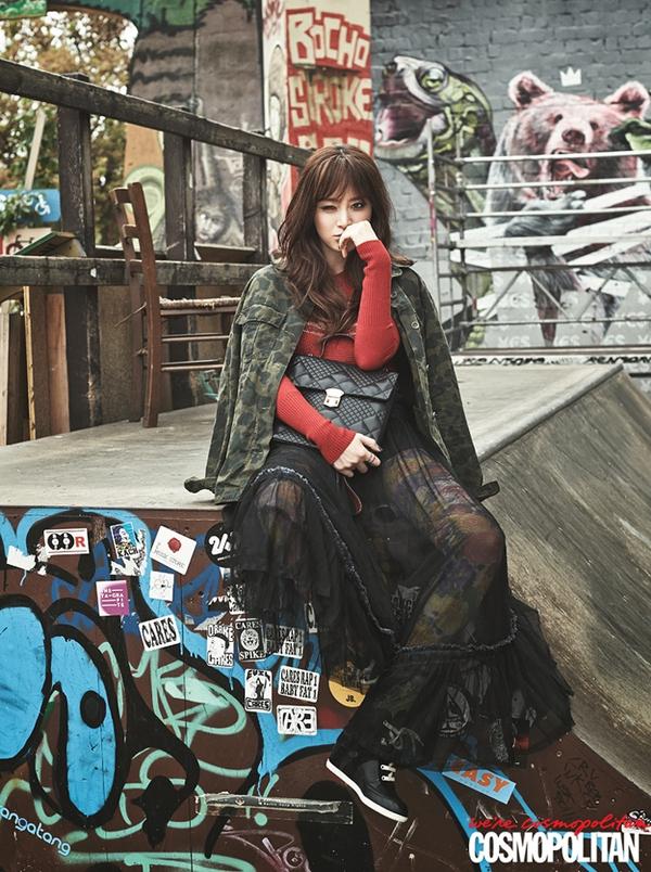 Kim Tae Hee, Tiffany & Lee Hyori cùng khoe dáng trên Cosmopolitan 4
