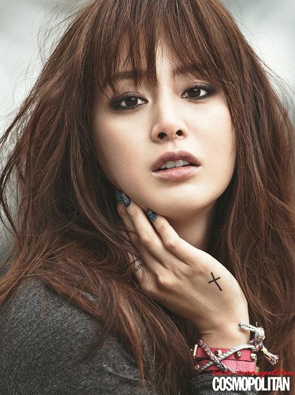 Kim Tae Hee, Tiffany & Lee Hyori cùng khoe dáng trên Cosmopolitan 5