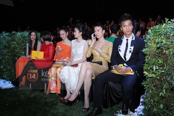 Ngọc Trinh nhí nhảnh mở màn show diễn của Đỗ Mạnh Cường 4