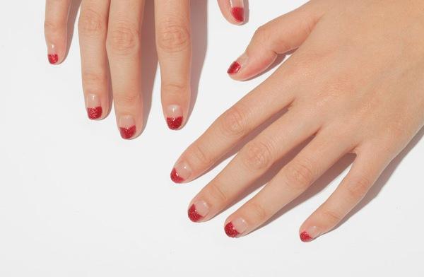6 màu nail không thể hợp hơn cho ngày Tết 1