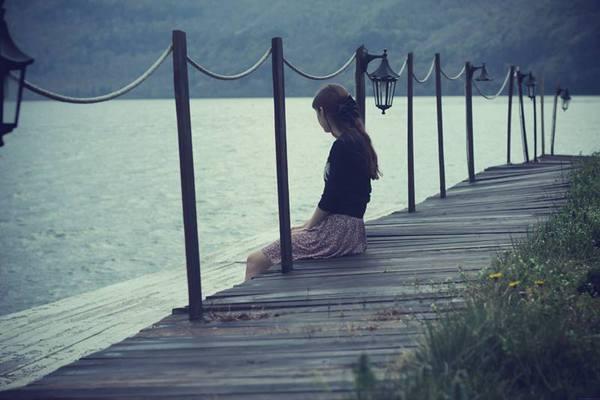 Kết quả hình ảnh cho Lần cuối cùng em gọi tên anh trong ký ức của em. Em đã tin - mình đã tìm được một bến đỗ bình yên bên anh. Em đâu ngờ rằng ngày hôm nay - Chính niềm tin ấy đã giết chết em...!