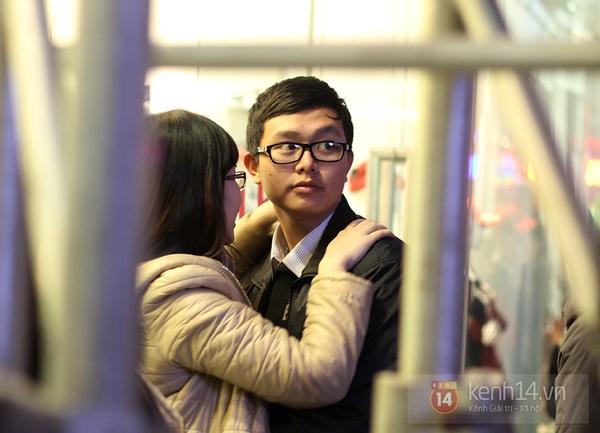 """Hàng nghìn cặp đôi đi xem phim tại """"rạp ngoài trời"""" trong ngày Valentine 2"""