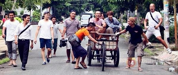 """Lộ diện đạo diễn """"khùng"""" nhất Việt Nam 16"""