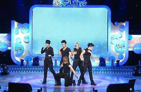 Tuyển tập vũ đạo đẹp mắt của các sao Kpop (P.2) 71